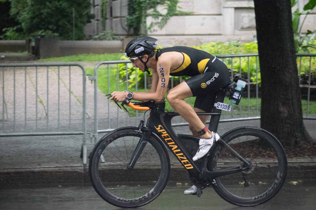 Position aérodynamique en triathlon : quel gains ?